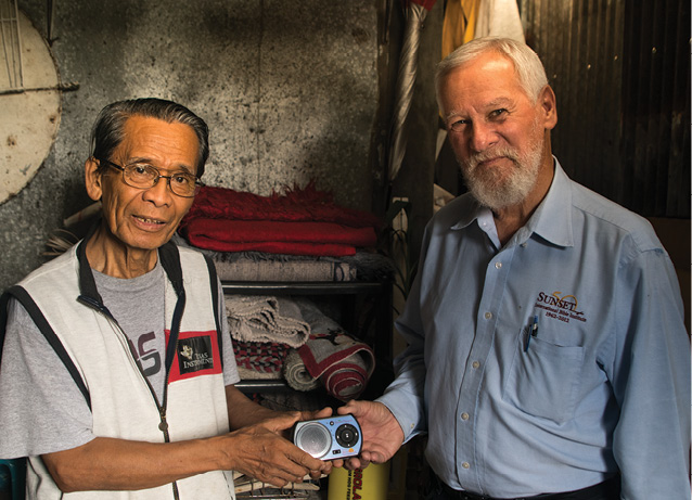 Giving a Solar-Powered Player in the Philippines